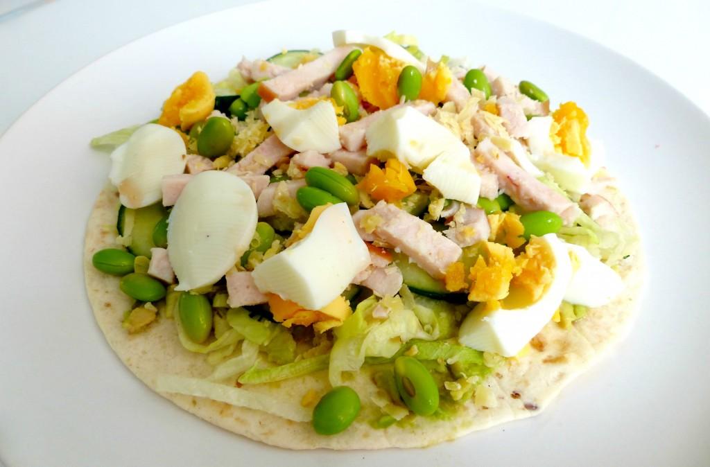 Wrap met kip ei en sojabonen optima vita - Idee garniture wrap ...